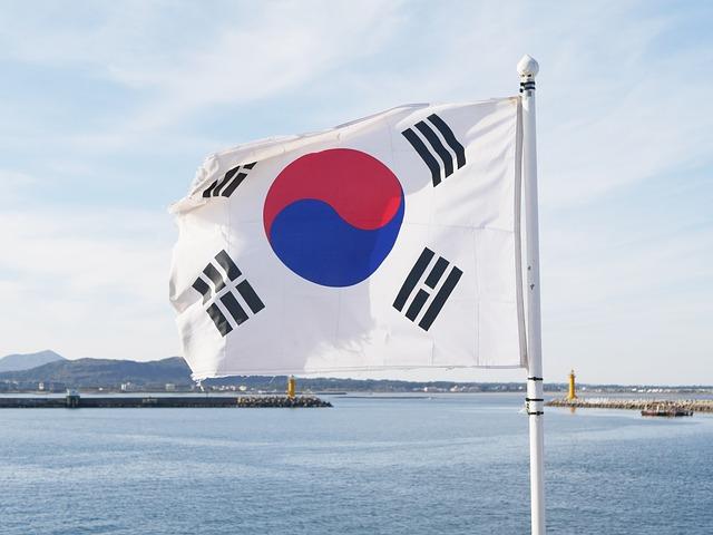 日本から韓国への送金はエクスパロと楽天銀行どっちがいい?