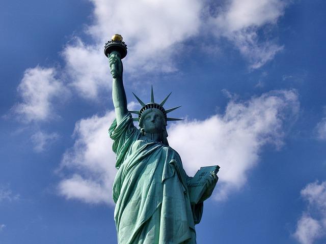 アメリカで銀行口座を開設するならボーダレス口座が便利・TransferWise