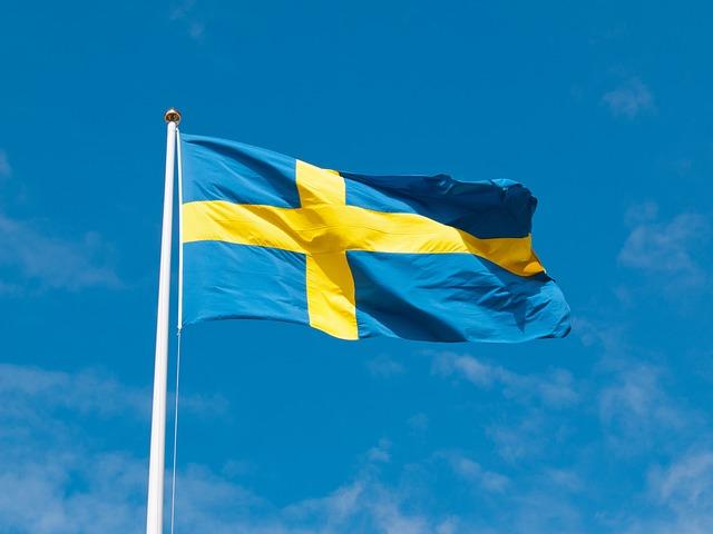 日本からスウェーデンに送金するのに手数料が安い方法・安すぎない?